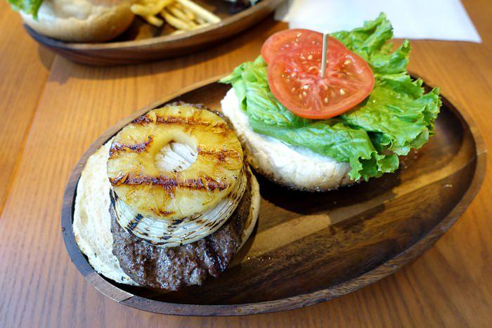 【食記】林口三井outlet.KUA'AINA 來自夏威夷的熱門漢堡