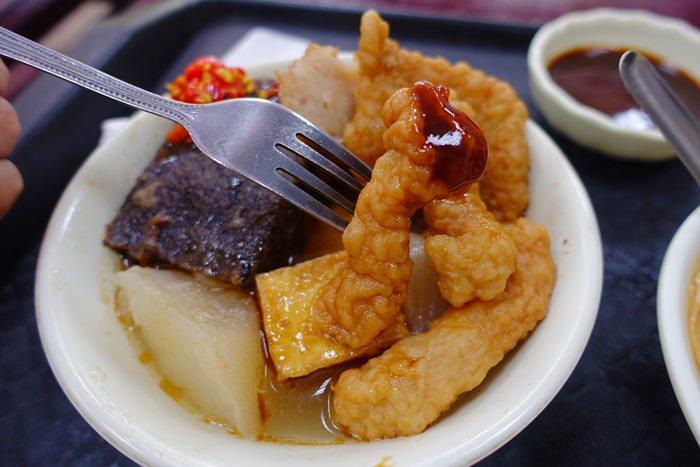 【食記】50餘年的老味道.亞東甜不辣 @萬華/龍山寺站
