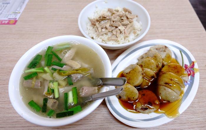 【嘉義.小吃】- 郭家粿仔湯雞肉飯.文化路夜市美食(1)