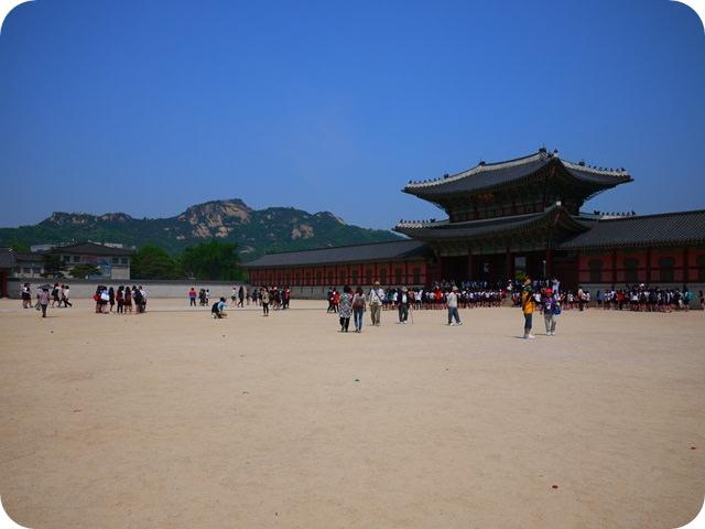 【12 Hi.Seoul 】- 夏天也要吃補 土俗村蔘雞湯 @ 景福宮